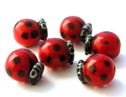 Lampwork Ladybug Beads from MindieleeSupplyz