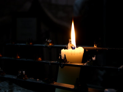 Candle in Christ Church cathedral in Oxford