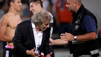 Jorge Jesus Pimba na Polícia! Ele pimba, nós pimba! |