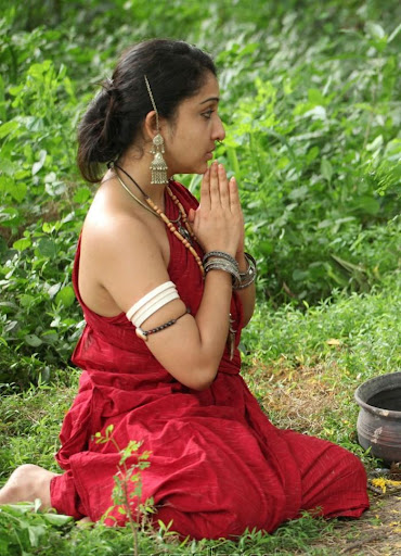 Cleavage Beautyful Nithya Das Hot Photos Stills Bikini