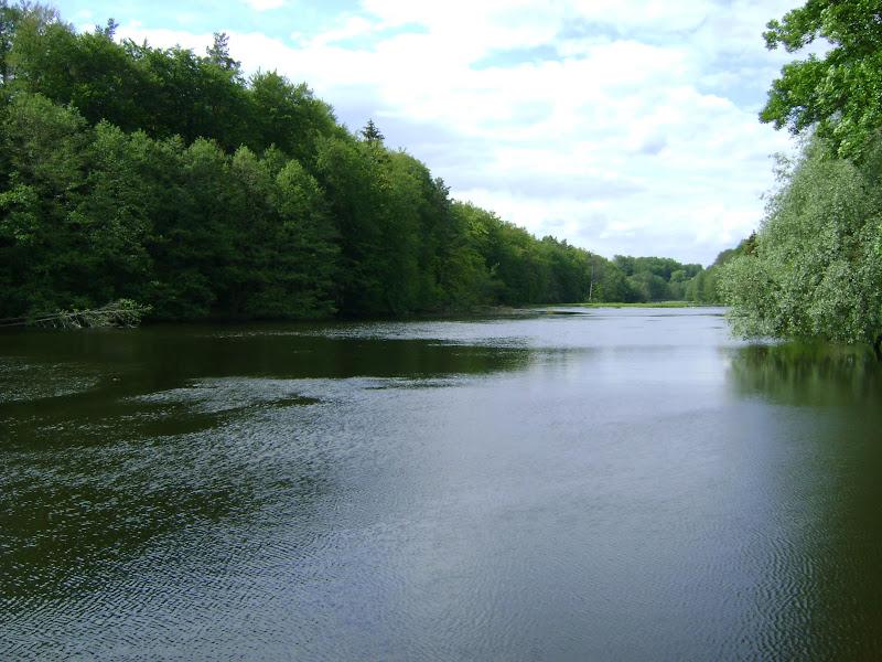 jezioro przy elektrowni kamienna