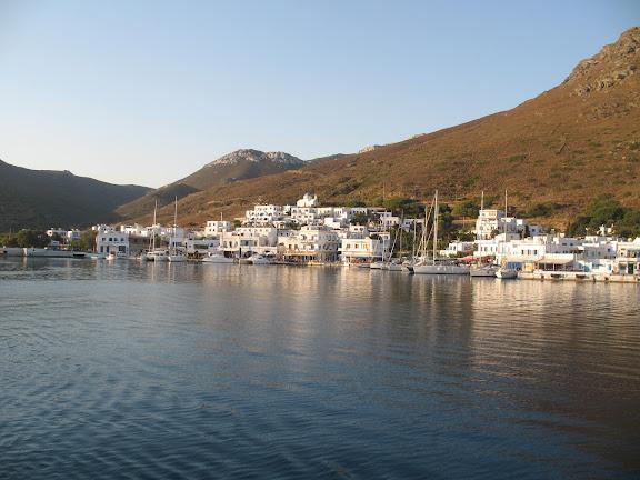 Katápola, en la isla de Amorgós