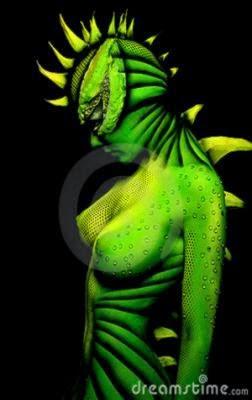 woman dragon bodyart 18881064