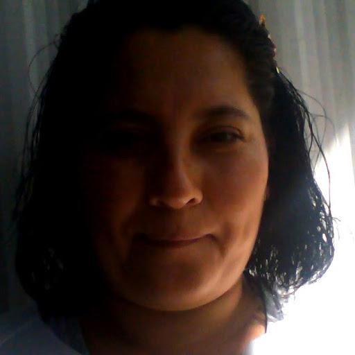 Gloria Quiroz Photo 18