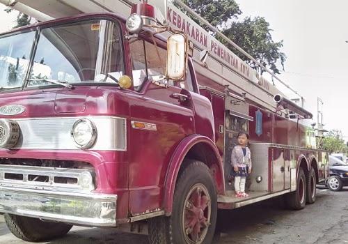 Blangwir alias mobil armada pemadam kebakaran (PMK)