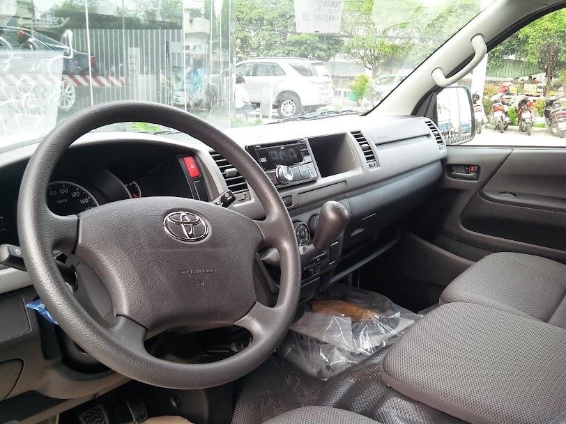 Toyota Hiace 2014 Máy Dầu - Giá Xe Toyota Hiace Mới 2