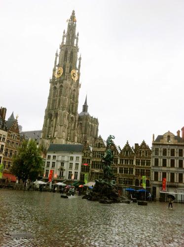 Anvers sous la pluie