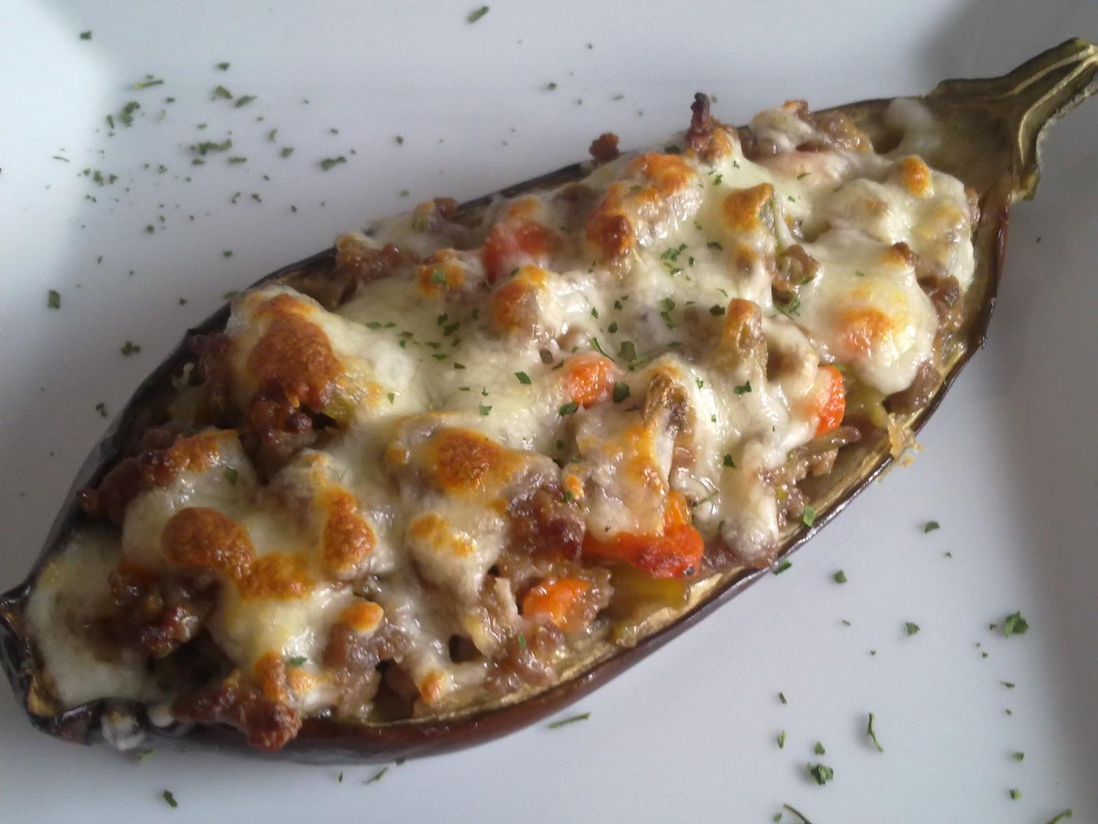 Mis recetas de cocina berenjenas rellenas de carne picada for Cocina berenjenas rellenas