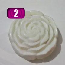 sabonete com formato de rosa
