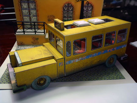 Bus To Nowhere Papercraft