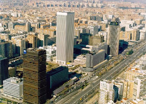 Madrid en los informes de JPMorgan.y PwC como ciudad de negocios
