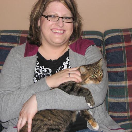 Holly Evans (Catlover484)