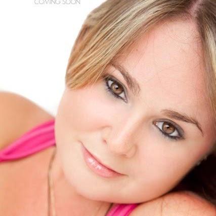 Marietta Suarez Photo 3