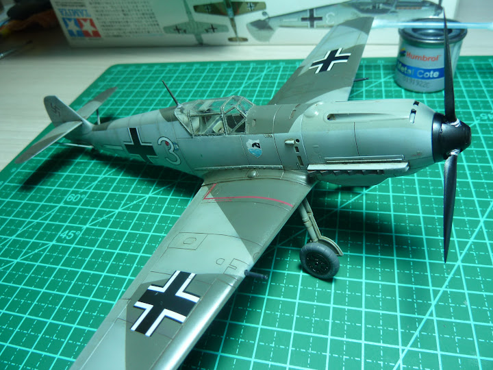 Bf-109 E-3 Tamiya 1/48 - Reforma pintura P1020575