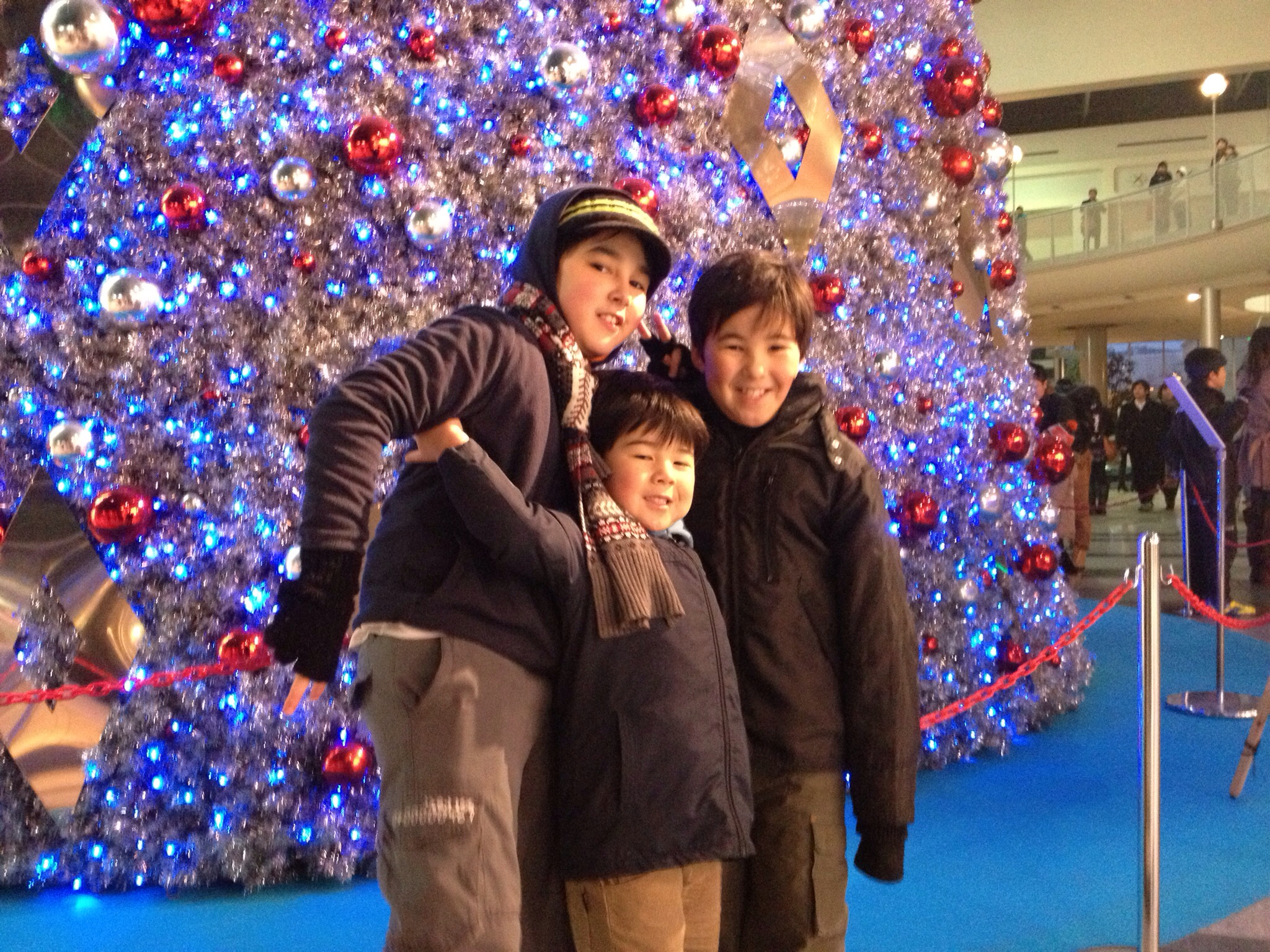 my friends didnt enjoy christmas in japan said it didnt feel the same back then i couldnt understand it now i do in the couple of weeks leading - Christmas In Japan