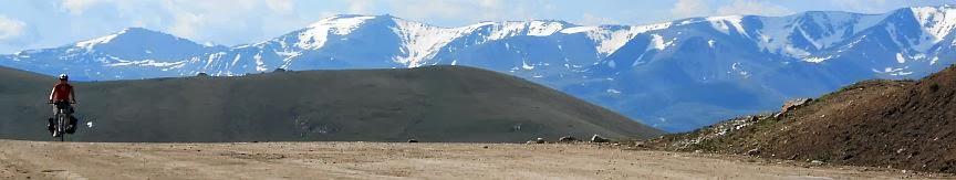 Miri überquert den Chamaldilga-Pass (Chomol-Dilga, Чомол Дилга, 3414 m), Kirgistan