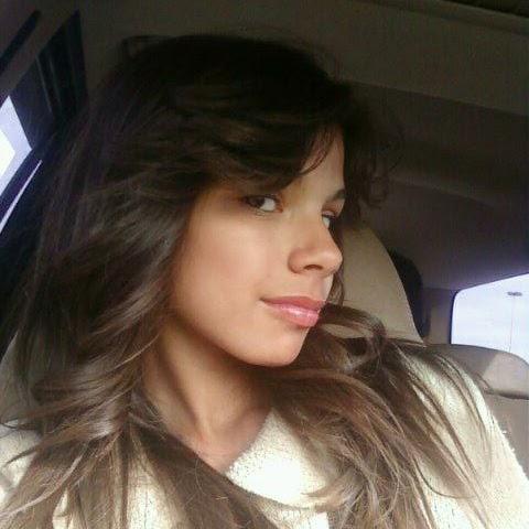 Esmeralda Aguirre Photo 14