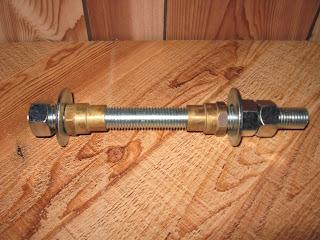 Installation d'une suspension avant sur un ICE Q Img_2683