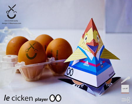 Le Cicken Player Paper Toy