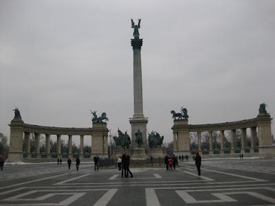 Heroe's Square