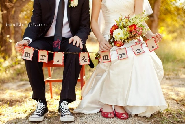 Different Shoes for Weddings. Red heels and Converse