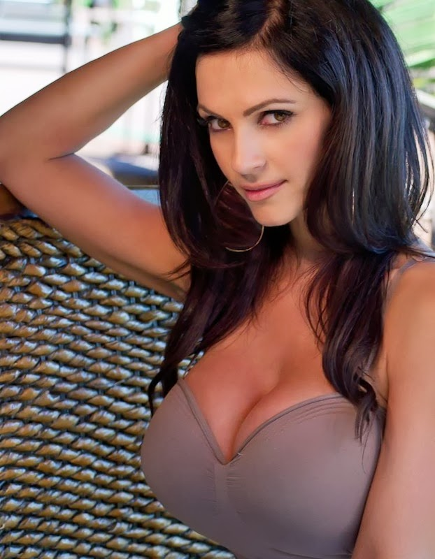 Wake Up With Denise Milani 20