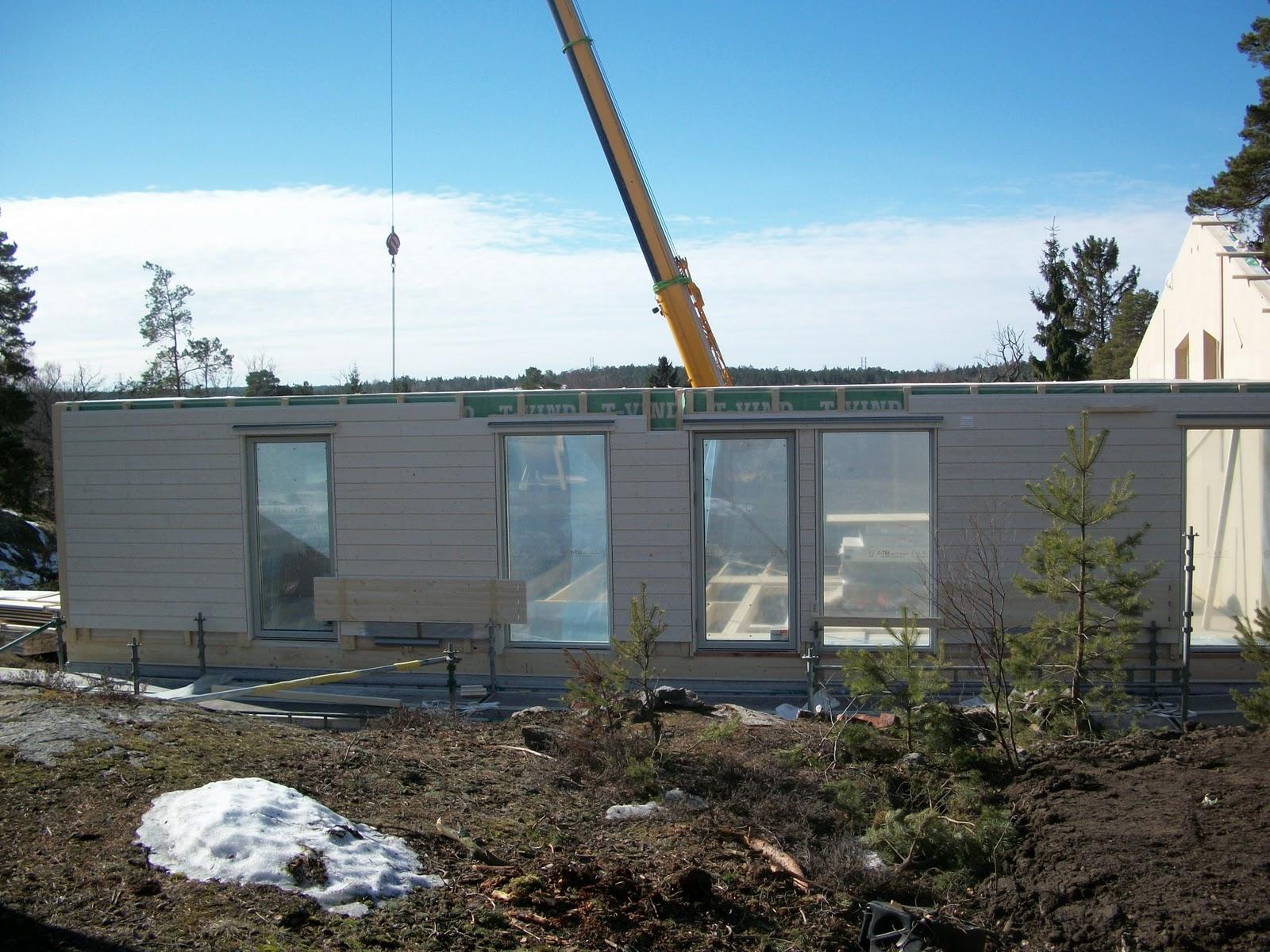 Vi bygger i gimmersta: huset börjar växa upp