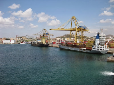 LNG - port morski w Cartagena zostanie przystosowany do tankowania ciekłego metanu