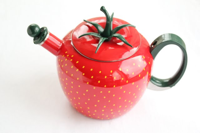 photo of a strawberry shaped teapot