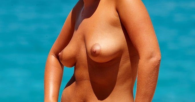 nudist women photo of the day 03 12 11   good naked