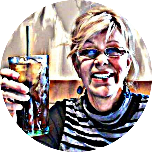 Phyllis Straus