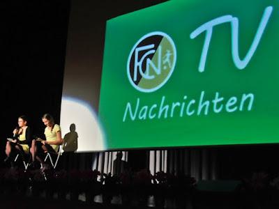 Die Damenmannschaft begeisterte mit FCN TV und selbstgedrehten Werbespots.