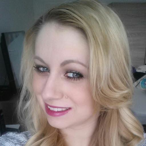 Nicole Jost Photo 12