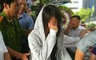 Lời xin lỗi nức nở trong đám tang bé gái tử vong sau khi bị cô phạt