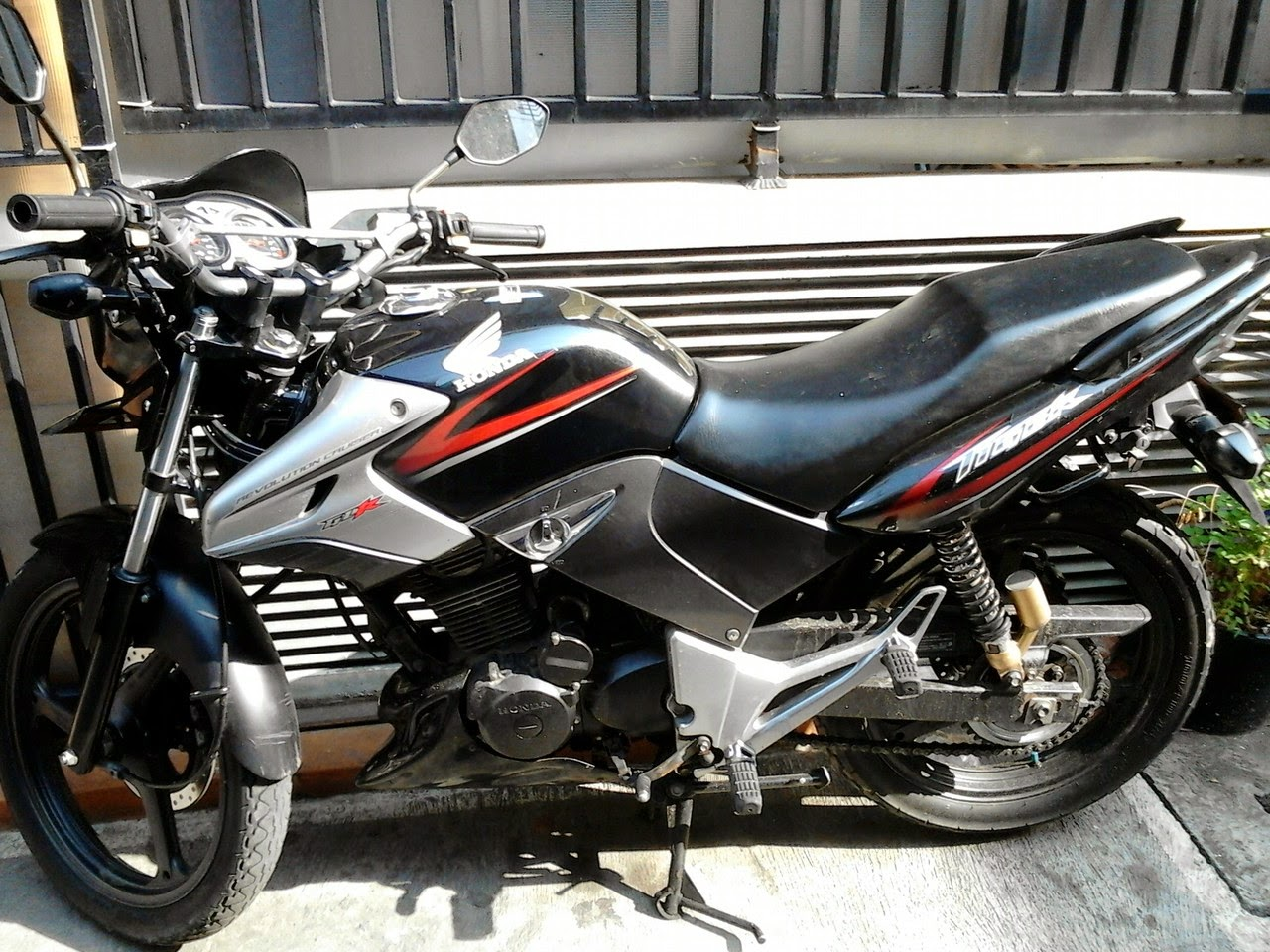 Honda Tiger Revo Modifikasi Touring