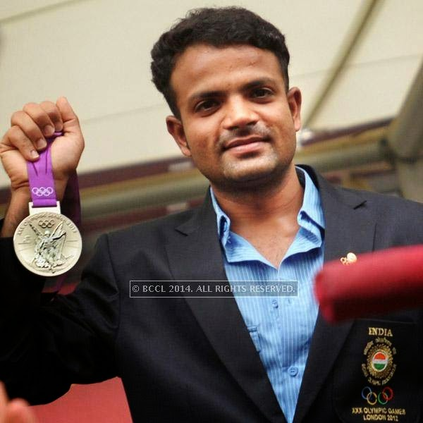 India's Olympic silver medallist pistol shooter, Vijay Kumar will be the flag-bearer for the country during the opening ceremony of 2014 Commonwealth Games, scheduled to take place on Wednesday.