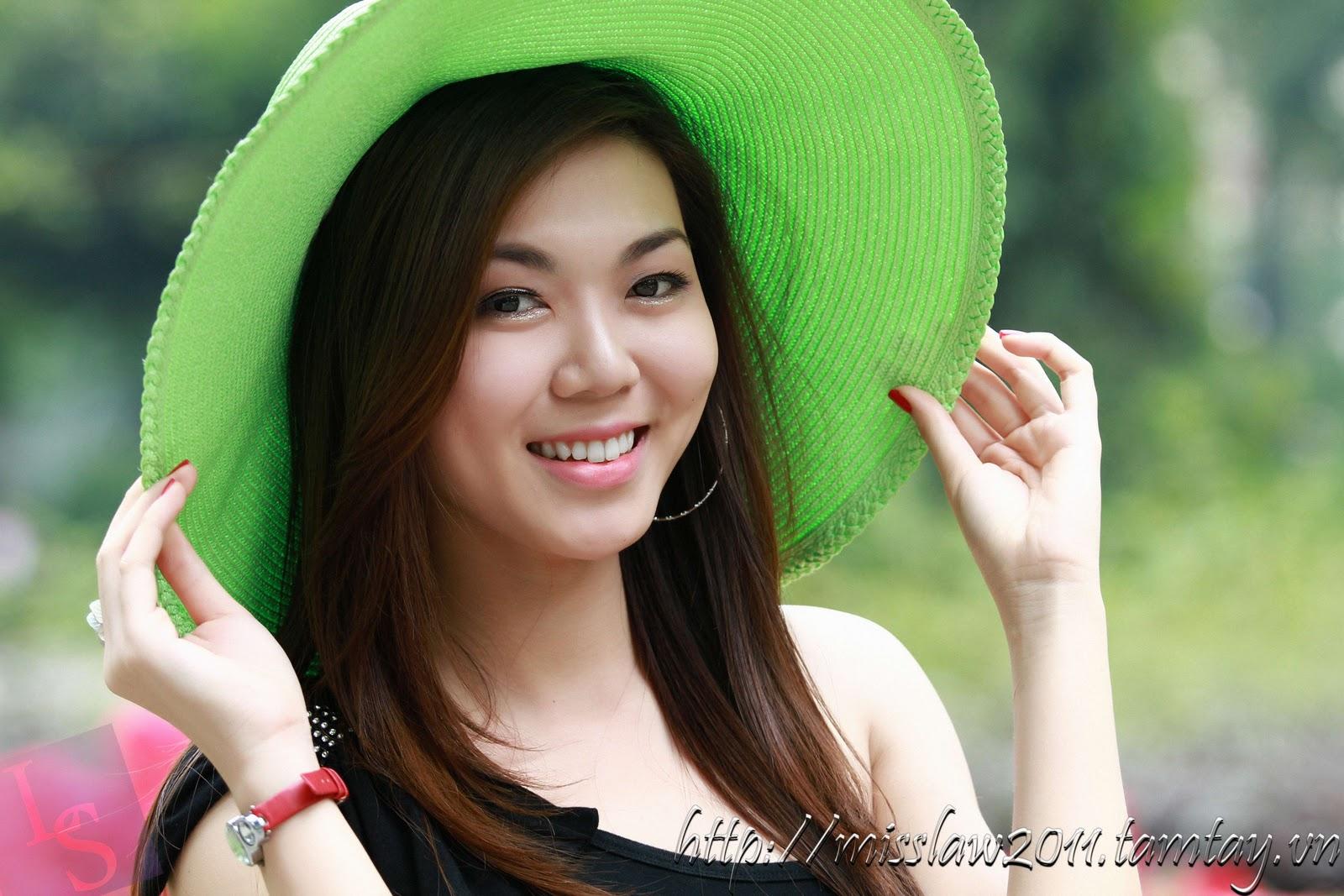 Người đẹp Hồ Thị Xuân Phụng