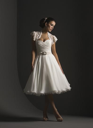 Gorgeous wedding dress gorgeous short vintage wedding dress for Short vintage wedding dress