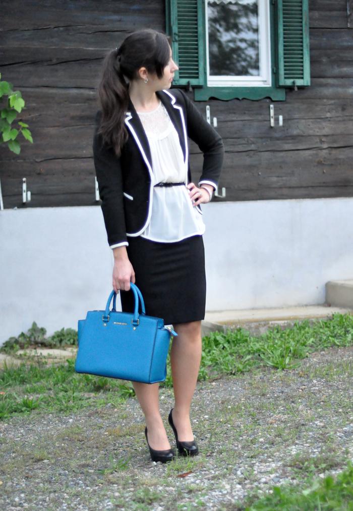 https://lh5.googleusercontent.com/-UbE9h-mnBCA/UiOSoKFZSII/AAAAAAAAQyQ/qEx8hdx9csQ/w700-h1014-no/blog-graz-outfit-back-to-office-1.jpg
