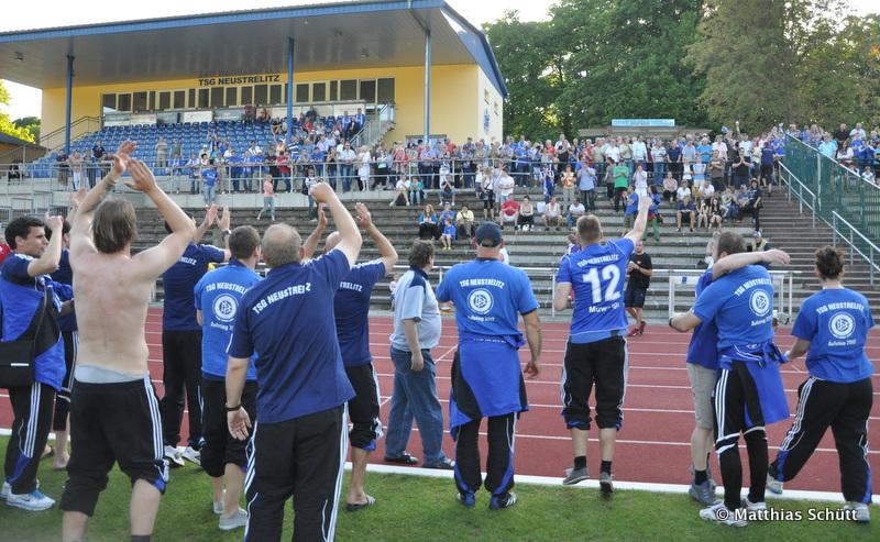 30. Spieltag: Torgelower SV Greif - TSG Neustrelitz - Seite 2 DSC_0094