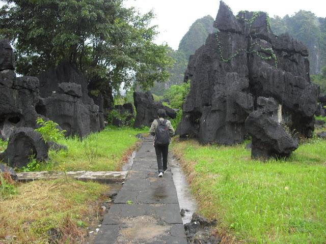 Leang%2520Leang%25208 Leang Leang, Situs Peninggalan Prasejarah