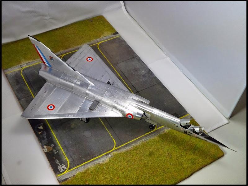 GAMD Mirage IV B. Un gros mirage IV, en scratch et au 72 IMG_20141007_200121