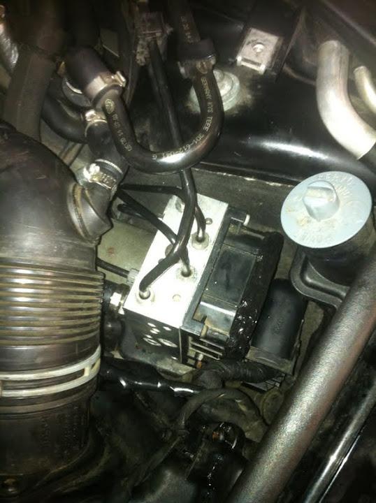 VWVortex com - How to replace/rebuild ABS ECU - ABS, ESP