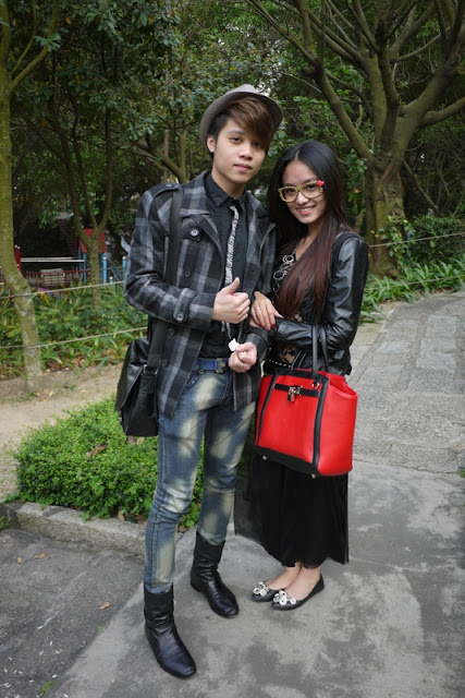 Fashionably dressed couple at Jingshan Park in Zhuhai