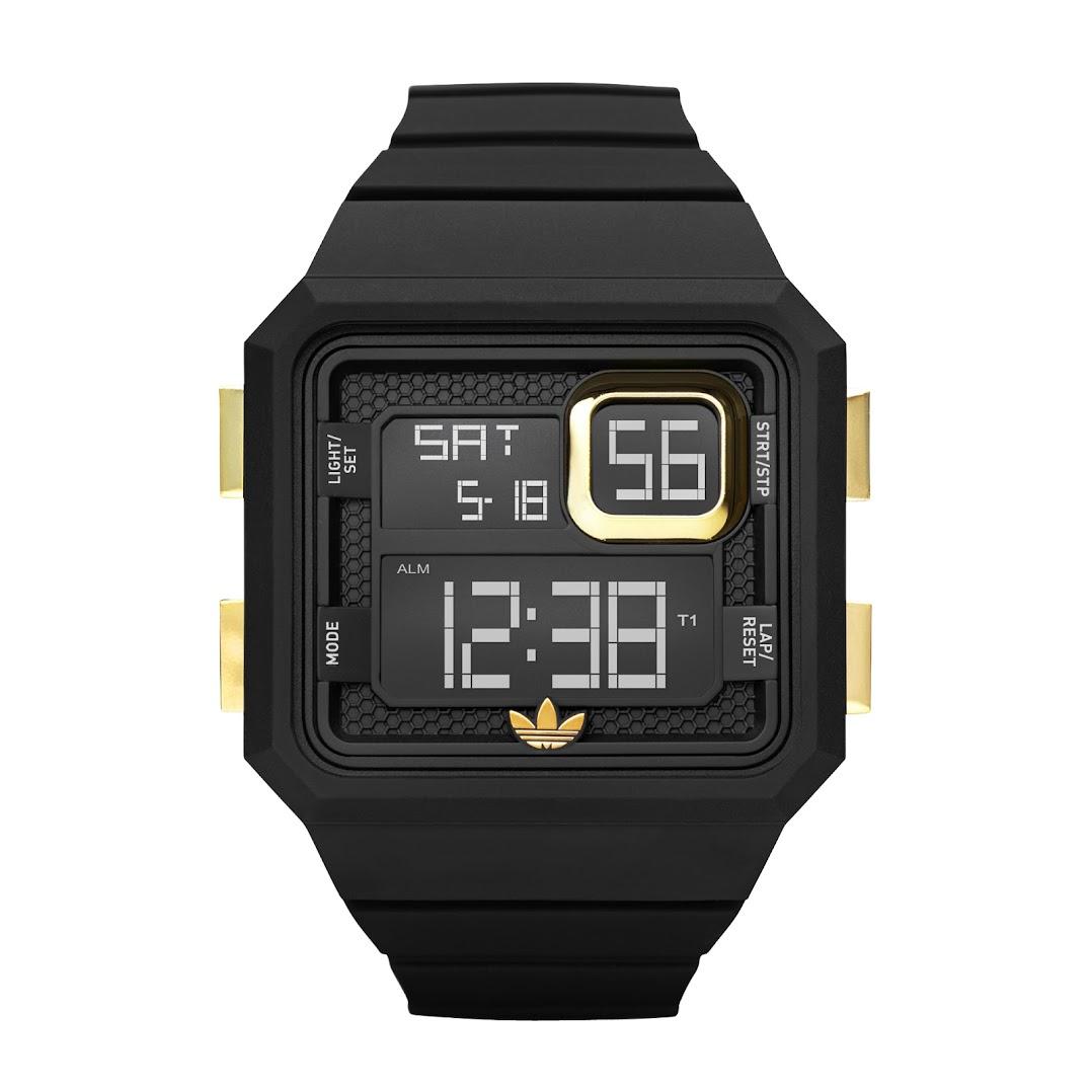 *Adidas Curitiba:方正電子腕錶! 2