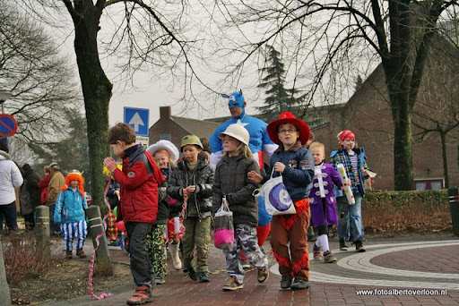 Carnaval Optocht Josefschool overloon 17-02-2012 (21).JPG