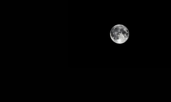 ¿Nos acompañas en nuestra Ruta nocturna Segovia-Madrid bajo la luna llena?