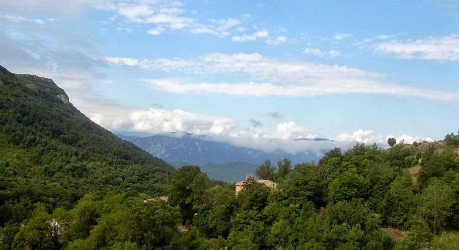 Mountain view from Le Bezu