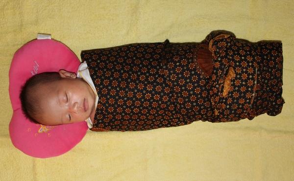 Kain Bedong Bayi