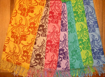 70% pashmina/30% silk shawls with print